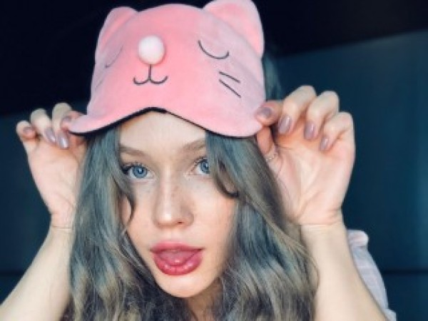 Lily_Virgin
