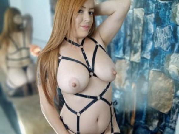 Estrella_Hanks18