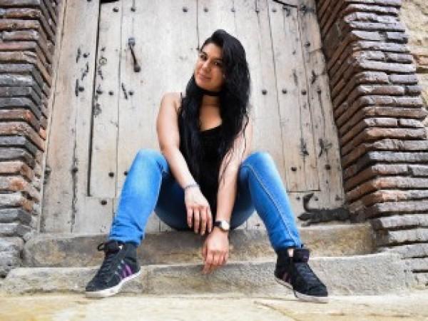 Melanie_Reyes