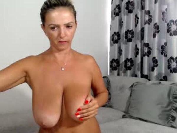 cherry_nicolle